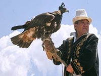 a local eagle-hunter