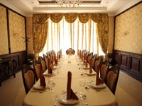 Private Dining Room in Oriental Style