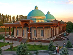 About 1.97m foreigners visit Uzbekistan in 2013