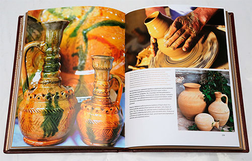 Album-book People's masters of Independent of Uzbekistan